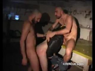 Даги и проститутка геи тюмень проститутки
