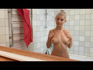 Eva Elfie (зрелая мамка милфа сперма лесби глотает любительское мамочка русское порно