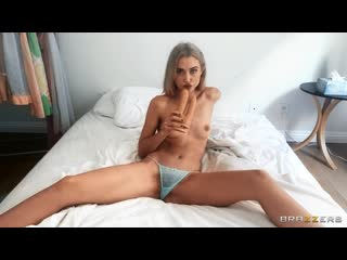 Chloe Cherry - Cherry Doubles Down [, Solo, Posing, Jeans, Small Ass, Athletic, Caucasian, Blonde, Thong, Hairy Pussy]