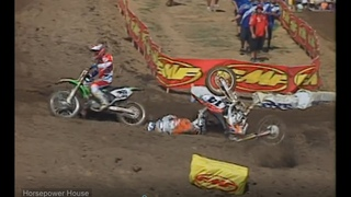 2005 Red Bud National - Bubba vs Windham - Dirty Move? or No? He got boo'd clear off the track