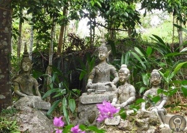 Магический сад Будды на Самуи (Таиланд) Magic Garden или Магический сад Будды расположен на одной из самых высоких гор острова Самуи. Это восхитительное место с уникальной энергетикой появилось