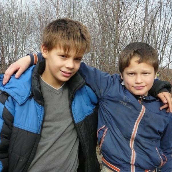 В Николаевске-на-Амуре 11-летние друзья рискуя жизнью буквально спасли мужчину