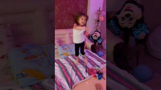Когда дочка-Танцор Диско, дом вверх дном!)) #shorts #приколы #машукопесня