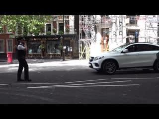 Rapper Swarmz CRASHED Ferrari 488 in London