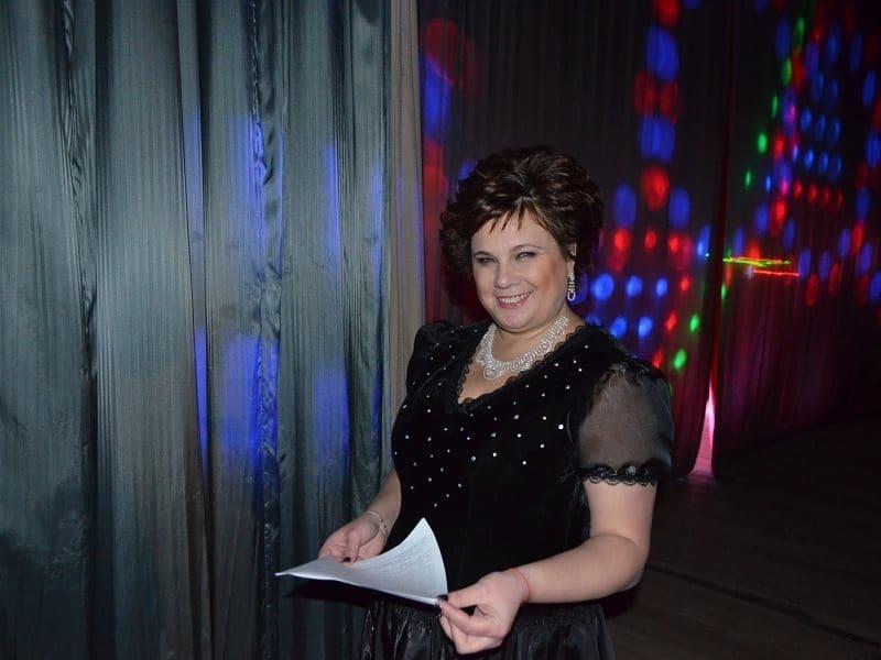 Управление культуры Петровского района продолжает размещать на YouTube-канале записи сольных концертов и творческих программ наших талантливых исполнителей и коллективов, а также спектаклей н