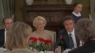 Скромное обаяние буржуазии (Le charme discret de la bourgeoisie, 1972), режиссер Луис Бунюэль. Без перевода.