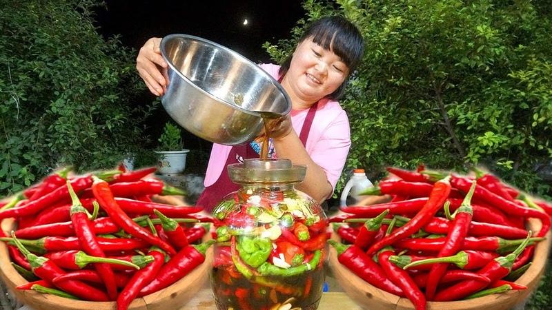 陕北霞姐 秋天了,霞姐教你腌辣椒的方法,开胃下饭,放一年也不 20250