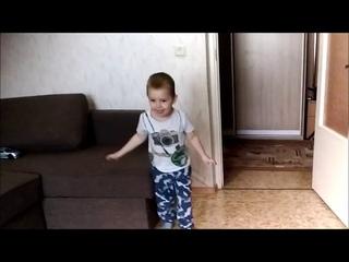 Когда твоя шестилетняя сестра освоила новый видео-эффект))